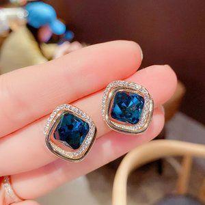3/$20 New Gold Rhinestone Blue Gem Earrings